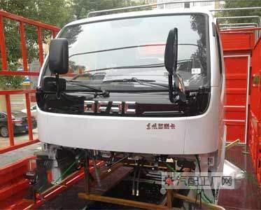 北京汽配王老板订购原厂东风多利卡驾驶室总成和车架东风汽车配件