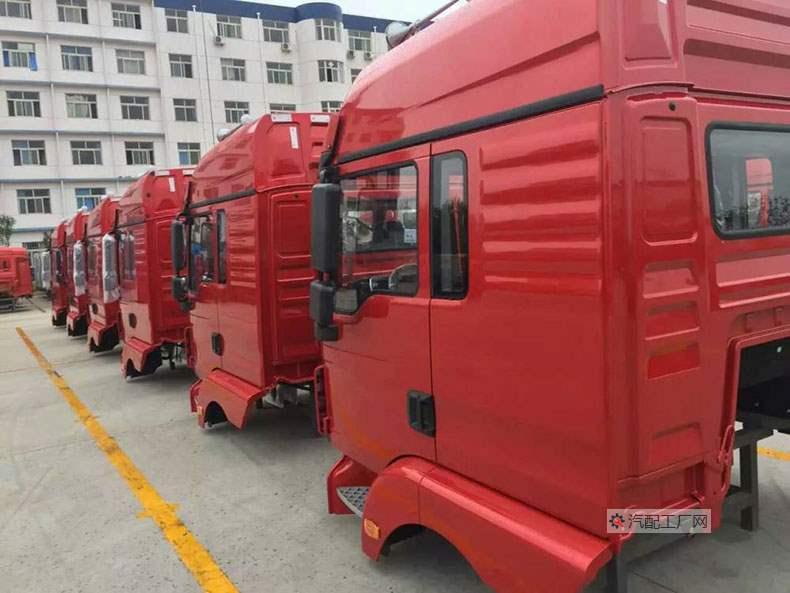 批量供应陕汽德隆新M3000驾驶室
