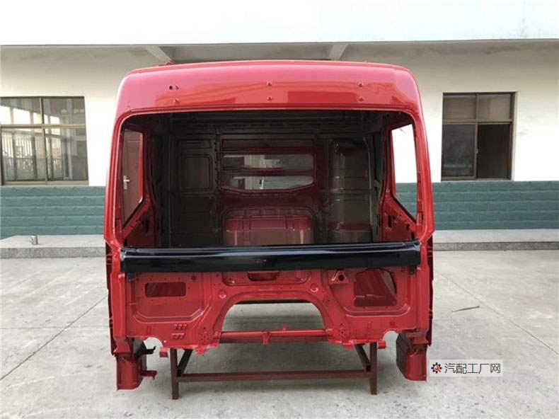 三一英杰版驾驶室空壳正面图(中国红色)
