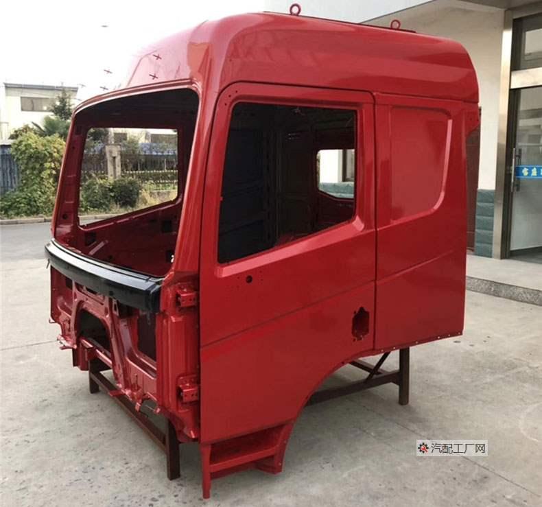 三一英杰版驾驶室空壳侧面图(中国红色)