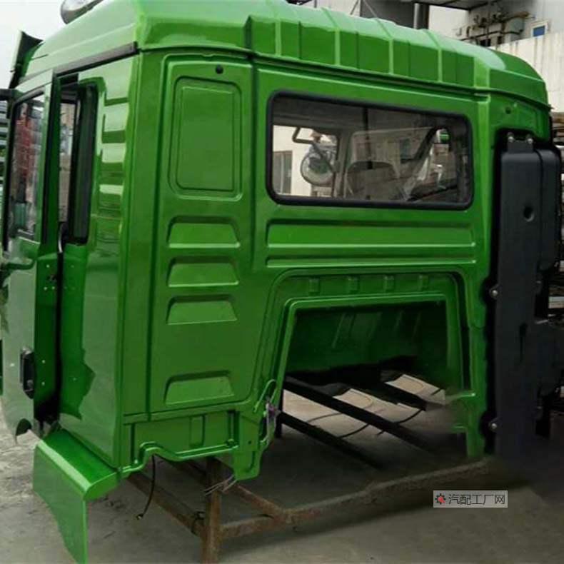 陕汽轩德X3驾驶室背面图